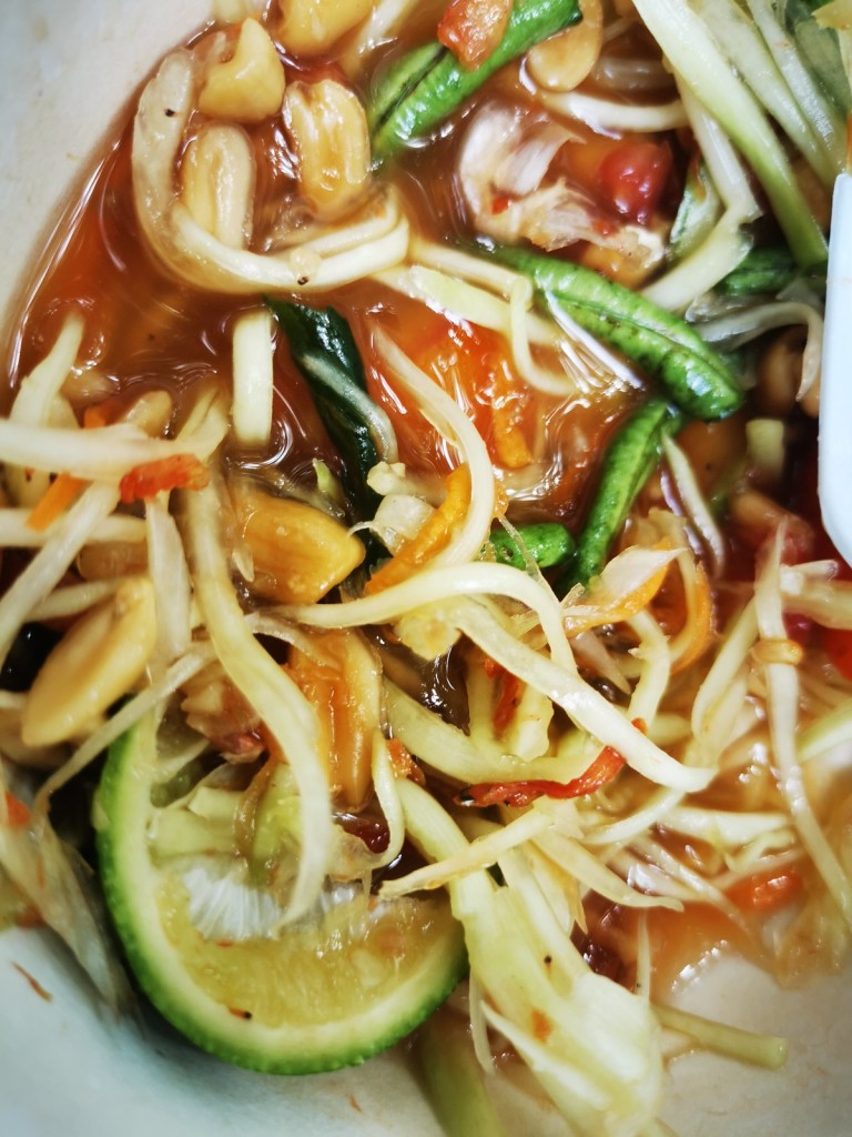Som Tam spicy papaya salad