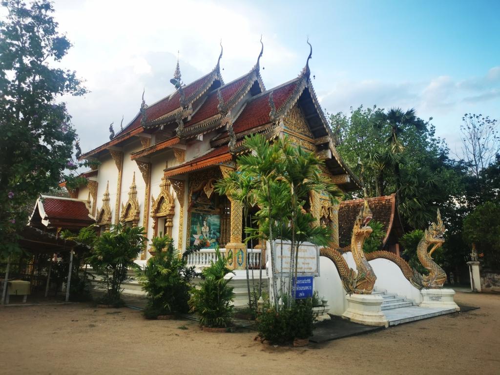 Wat Rai Neua