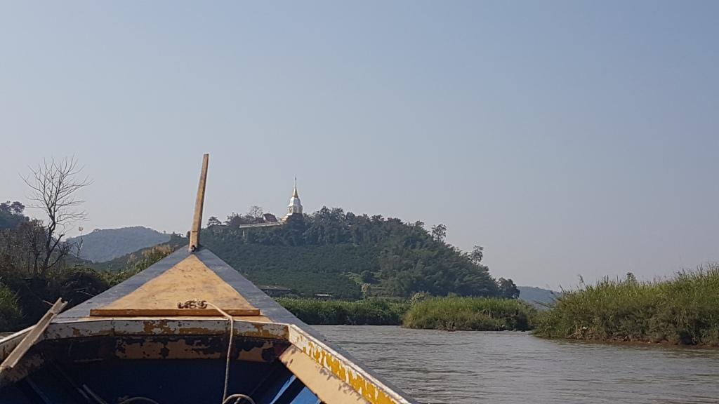 Long tail speed boat on Mae Kok